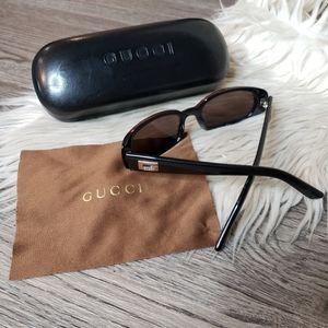 GUCCI - Sunglasses & case
